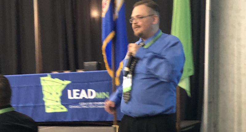 John Reinke presenting his Fire Up LeadMN!